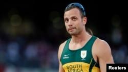 Južnoafrički olimpijac, Oskar Pistorijus optužen za ubistvo svoje devojke