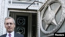 Британський посол в Росії Лаурі Брістов виходить з російського міністерства закордонних справ у Москві 17 бересзня 2018 р.