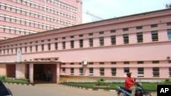 Angola: deputados questionam verbas para educação e saúde