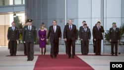 Secretary of Defense Ash Carter (C-L) observes an honor guard with Israeli Defense Minister Avigdor Lieberman in Tel Aviv, Israel, Dec. 12, 2016. (DOD photo by U.S. Air Force Tech. Sgt. Brigitte N. Brantley)