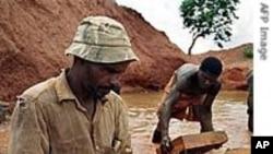 Conflict Diamond Watchdog Group Criticizes Zimbabwe, Ivory Coast