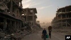 نمایی از میزان خرابی ها در شهر موصل عراق پس از آزادسازی آن از کنترل گروه داعش - آرشیو