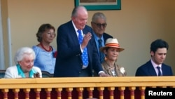 Mantan Raja Spanyol Juan Carlos (82 tahun)