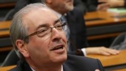 Analistas brasileiros dizem que afastamento do Presidente da Câmara peca por tardia - 3:15