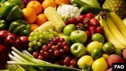 انجمن قلب آمریکا خوردن پنج وعده میوه و سبزیجات رنگارنگ را توصیه می کند