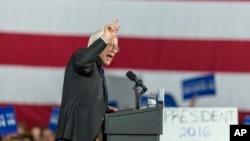 2016年3月26日桑德斯参议员在威斯康辛州竞选。