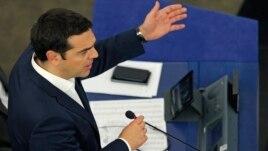 Greqia bën lëshime të papritura