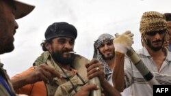 Бійці Національної перехідної ради Лівії