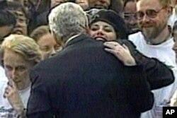 مونیکا لووینسکی و بیل کلیتنون