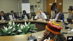 Obama Recebe Jovens Líderes Africanos na Casa Branca