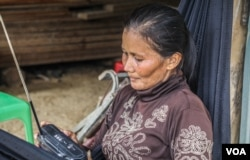 In rural Cambodia, radios remain the most affordable source of news for elderly Cambodians, especially those residing in rural areas. (Khan Sokummono/VOA Khmer)
