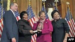 """Ligjvënësja afrikano-amerikane udhëheq nismën """"Gratë për Paqe Botërore"""""""