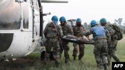 Ba soda ya Monusco ya bataillon ya Inde bamemi moto moko ya mpasi ntango ya bitumba ya ya ba M23 na Kwanja, Nord-Kivu, 14 aout 2012.