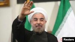 အီရန္သမၼတသစ္အျဖစ္ ေရြးေကာက္တင္ေျမႇာက္ခံရသူ မစၥတာ Rouhani။