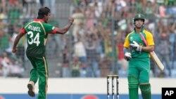 جنوبی افریقہ کی بنگلہ دیش کے خلاف 206 رنز سے فتح