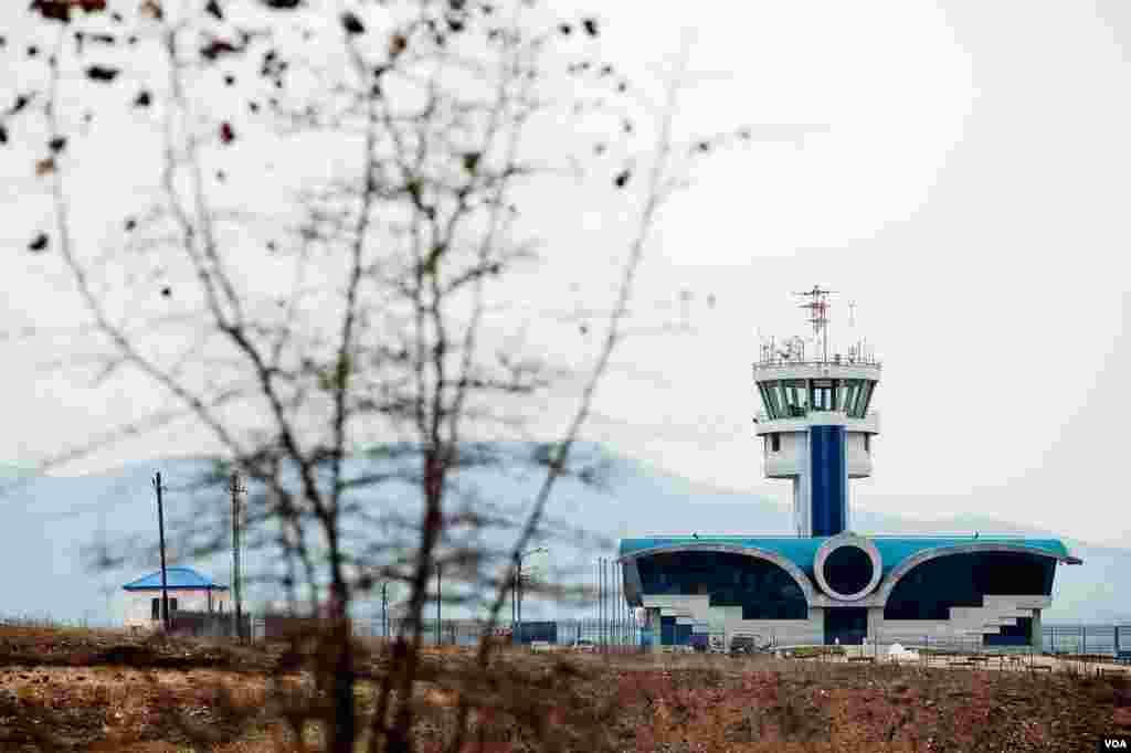 The new terminal for what is to be Karabakh's first airport is fully functional, but stands unused. Azeri authorities have threatened to shoot down planes using the air strip outside of Stepanakert. (U. Filimonova/VOA)