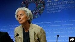Menurut Direktur Pelaksana Dana Moneter Internasional (IMF), Christine Lagarde, dunia terhindar dari kondisi terburuk dan ekonomi dunia tidak lagi terlihat parah seperti sebelumnya (21/4).