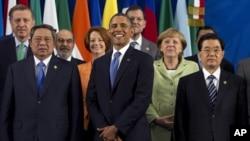 Tổng thống Obama và các lãnh đạo khối G20 chụp hình lưu niệm tại Hội nghị Thượng đỉnh Kinh tế ở Los Cabos, Mexico, ngày 18/6/2012