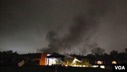NATO melakukan serangan udara yang paling gencar di Tripoli, Libya Selasa dini hari (24/5).