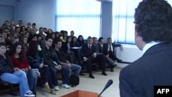 Spahiu: Shqipëria po ndjek reformat e kërkuara nga Bashkimi Europian