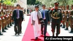 رئیس جمهور افغانستان خواستار همکاری همه اقشار برای آغاز مذاکرات صلح شد