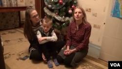 Ейприл, Тетяна та Ваня