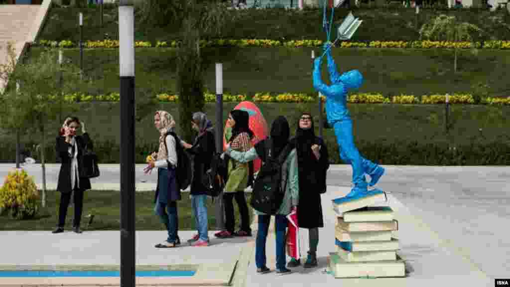 نمایشگاه کتاب تهران، شهر آفتاب. عکس هادی زند، ایسنا