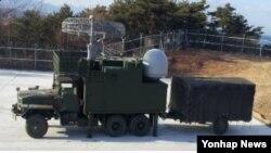 한국 한국 방위사업청은 2일 이동형 해상감시레이더를 서북도서에 배치했다고 밝혔다.