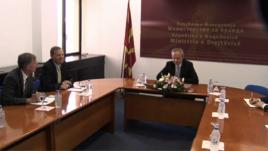 Amb. Bradtke, mbështetje për ligjin mbi luftërat e huaja