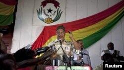 Carlos Gomes Júnior líder do PAIGC continua exilado em Lisboa onde se tem assumido como crítico ao actual governo