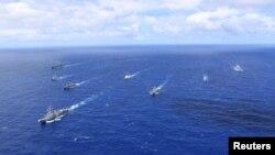 来自美国、智利、秘鲁、法国和加拿大的海军舰艇参加2018年的军演