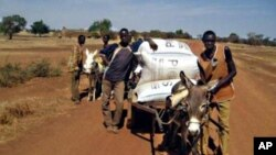 Des jeunes agriculteurs en formation au Burkina