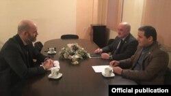Arif Hacılı ABŞ Səfirliyinin müşaviri Uilyam Solleylə görüşüb