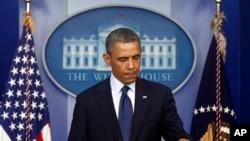 Tổng thống Hoa Kỳ Barack Obama trong cuộc họp báo sau vụ nổ bom ở Boston, ngày 15/4/2013.