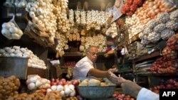Dokazano da krompir, ispečen, skuvan ili pržen ako se konzumira svakodnevno, u bilo kom obliku, može da doda više od pola kilograma odrasloj osobi svake četiri godine