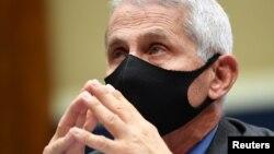 Direktor Nacionalnog instituta za alergije i zarazne bolesti dr Entoni Fauči tokom današnjeg svedočenja u Kongresu (Foto: Reuters/Kevin Dietsch/Pool)