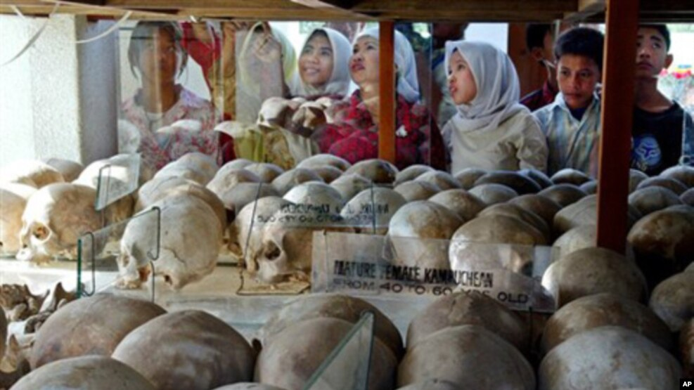 An estimated 500,000 Cambodian Muslims died under the Khmer Rouge, through overwork, starvation or execution, file photo.