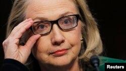 Hillary Clinton dijo que los gay y lesbianas son en todo iguales ciudadanos con los mismos derechos que cualquiera.