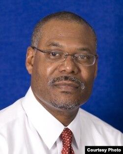 佛罗里达大学法学院教授肯尼斯•努南