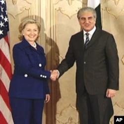 Hillary Clinton and Shah Mahmood Qureshi.