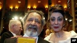 與諾貝爾獎有關的性醜聞主角被拘押