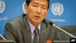 1일 유엔주재 북한대표부의 리동일 차석대사가 최근 한반도 정세에 대한 북한의 입장을 발표하는 기자회견을 열었다.