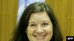 Bà Maria Luiza Ribeiro Viotti, Chủ tịch luân phiên của Hội đồng Bảo an, nói Hội đồng khuyến nghị cả hai chính phủ tự chế tối đa