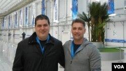 Шон Гэйлорд (слева) и Дэвид Пичлер в Олимпийском пресс-центре.