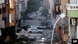 Các lực lượng quân đội Libya đã chiến đấu 10 ngày hồi cuối tháng 10 để chiếm lại những khu vực trong thành phố Benghazi bị nhóm Nhà nước Hồi giáo chiếm giữ.