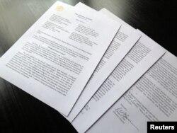Pismo sekretara za pravosuđe Williama Barra upućeno članovima Kongresa, sa osnovnim zaključcima izvještaja specijalnog tužioca Roberta Muellera.