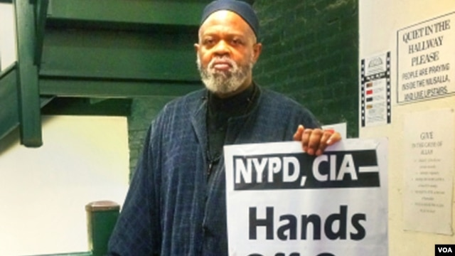 As president of the Muslim Leadership Council of Metropolitan New York, Imam al Haj Talib Abdur al Rashid worked tirelessly to end secret surveillance and stereotyping of his community by the NYPD. (VOA Photo Adam Phillips)