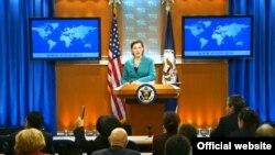 Phát ngôn viên Bộ Ngoại giao Hoa Kỳ Victoria Nuland nói chuyện tại một cuộc họp báo trong thủ đô Washington, 21/213