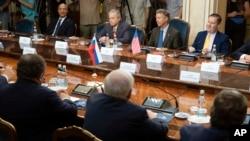Зустріч американських законодавців з російськими високопосадовцями