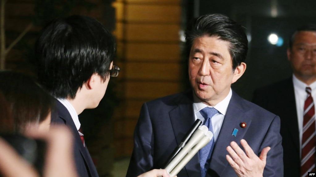 安倍4月27日見媒體談韓朝峰會(法新社)